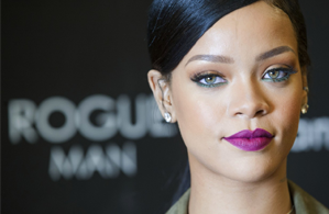 Rihanna Distraught Over Missing Dancer
